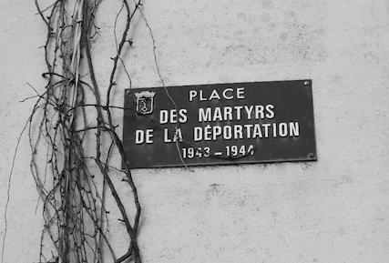 Place_des_martyrs_de_la_deportation