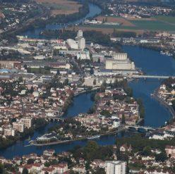 Une école sur l'île d'Yonne